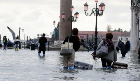이탈리아, 물의도시 베네치아 53년 만에 최악의 홍수